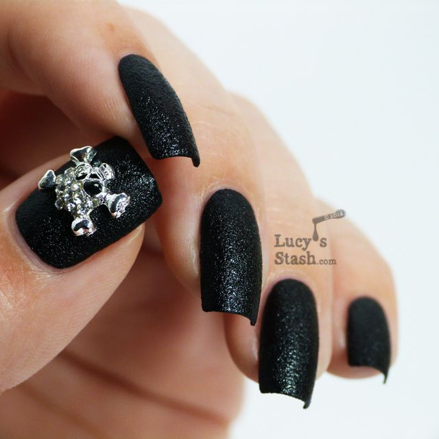 Lucy's Stash - Nails Inc. Bling It On Black Leather & Skulls