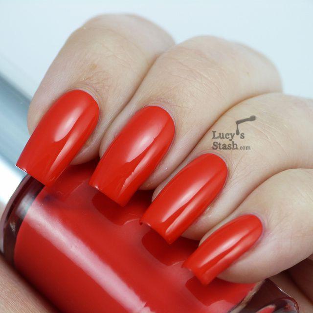 foto Clinique A Different Nail Enamel For Sensitive Skins 2013