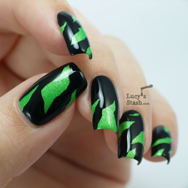 Lucy's Stash - Peeking into Paranormal World Nail Art!