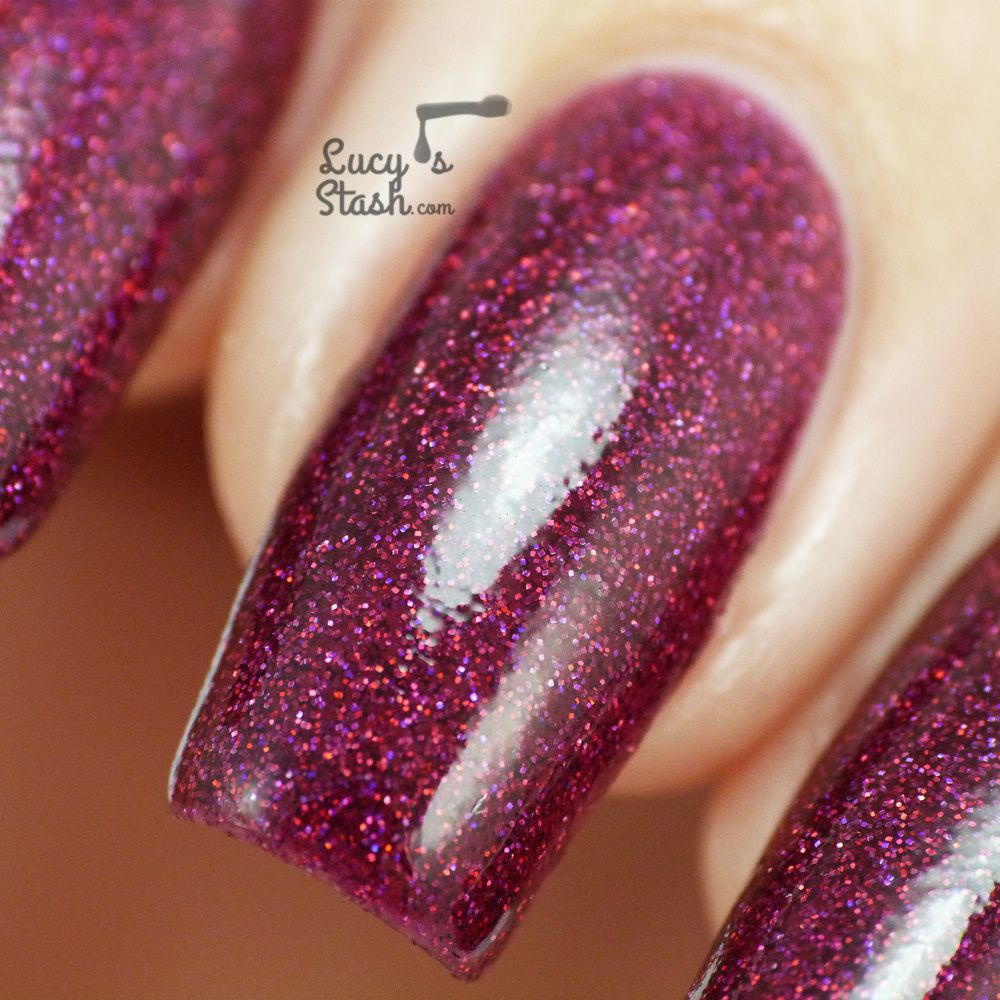 Review &amp&#x3B; swatches of 4 Femme Fatale shades! Fatal Attraction, Wolfsbane, Cloudburst &amp&#x3B; Spindleweb