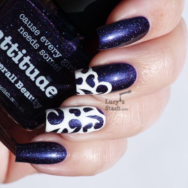 'Cut out' nail art design with piCture pOlish Attitude