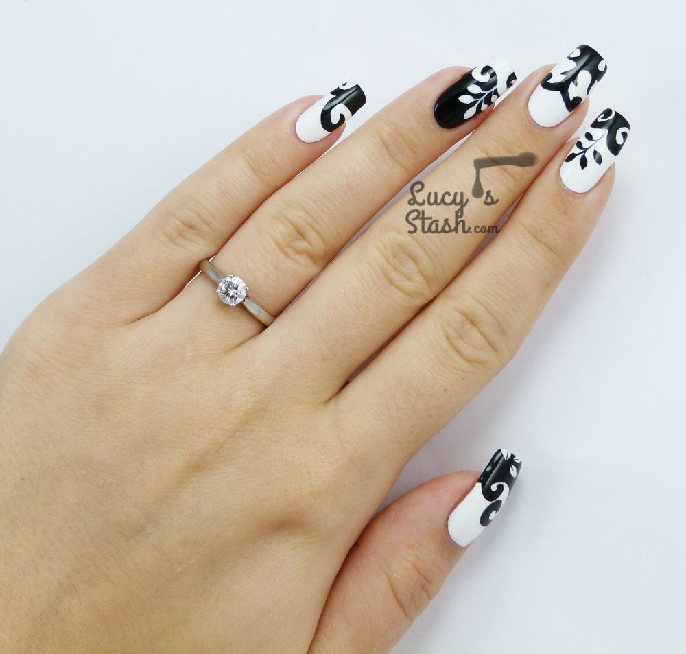 Black &amp&#x3B; White Dress Inspired Nail Art from Cosmopolitan Blog Awards