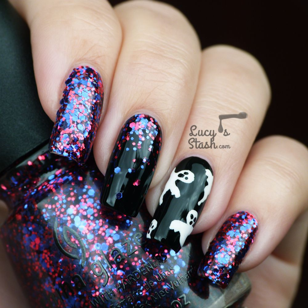 Halloween Ghosts & Glitter Gradient Nail Art