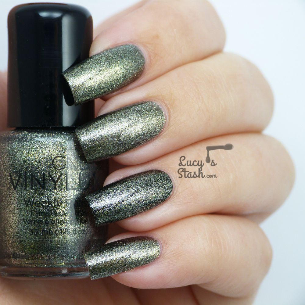 CND VINYLUX™ Forbidden Collection - Review &amp&#x3B; swatches