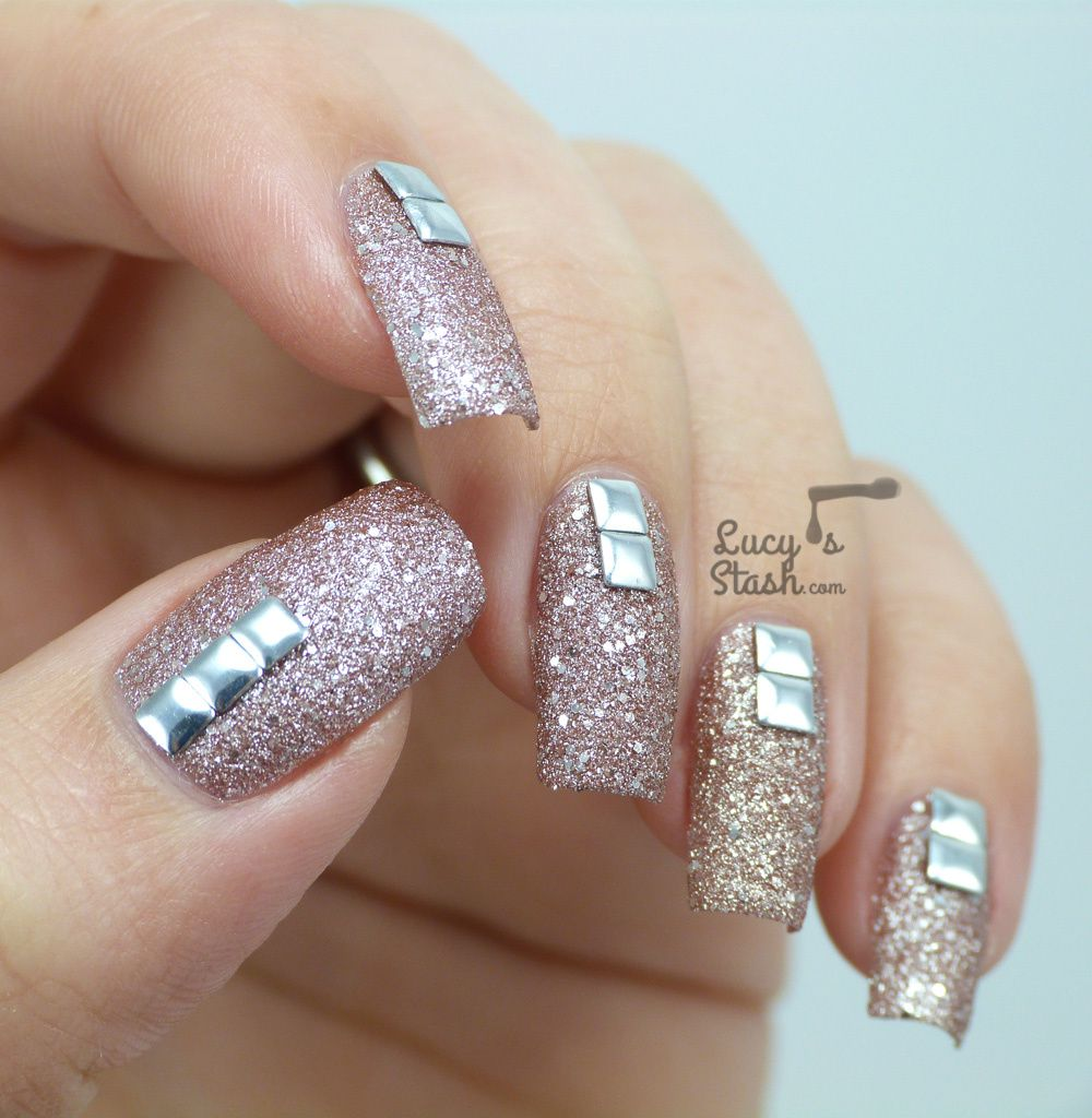 Textured Gradient with Illamasqua Shattered Stars Polishes