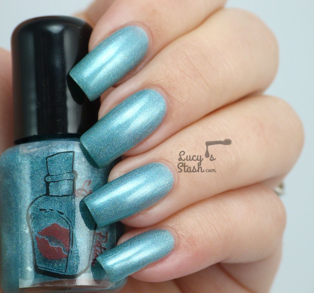 Luscious Potion Holographic polishes - Review & Swatches of 4 shades