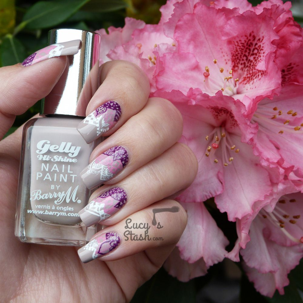 Nail art for the bored | Gradient Pattern Garden Nails feat Barry M