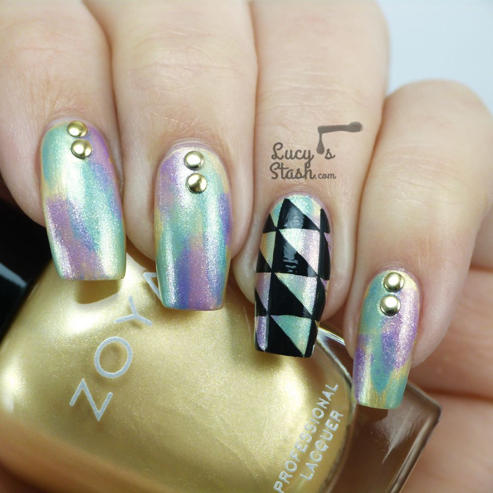 Patterned nails again? Why not!