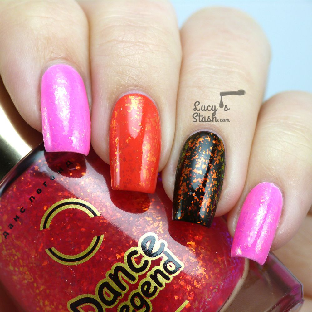 Flakies! Flakies everywhere! Feat. Dance Legend Candy Flakes collection