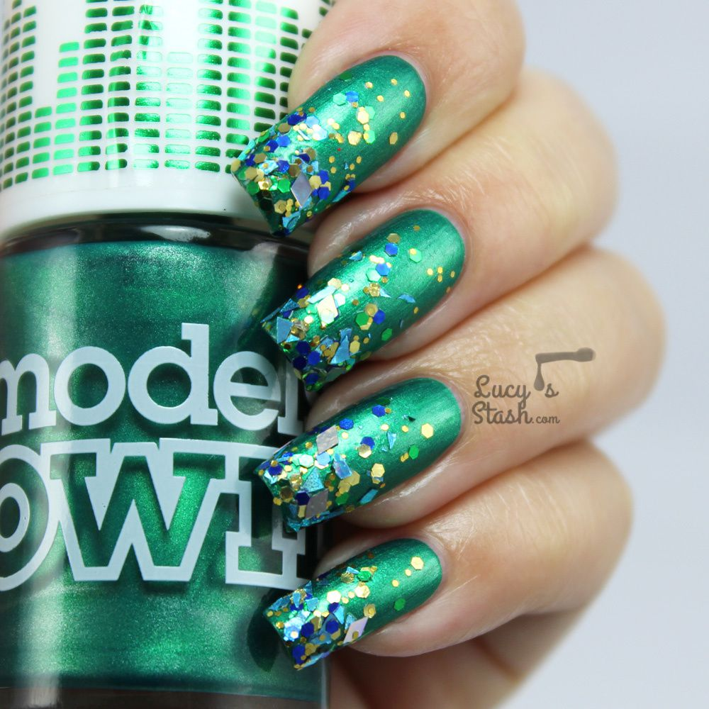 Bejewelled Gradient Nails with Models Own