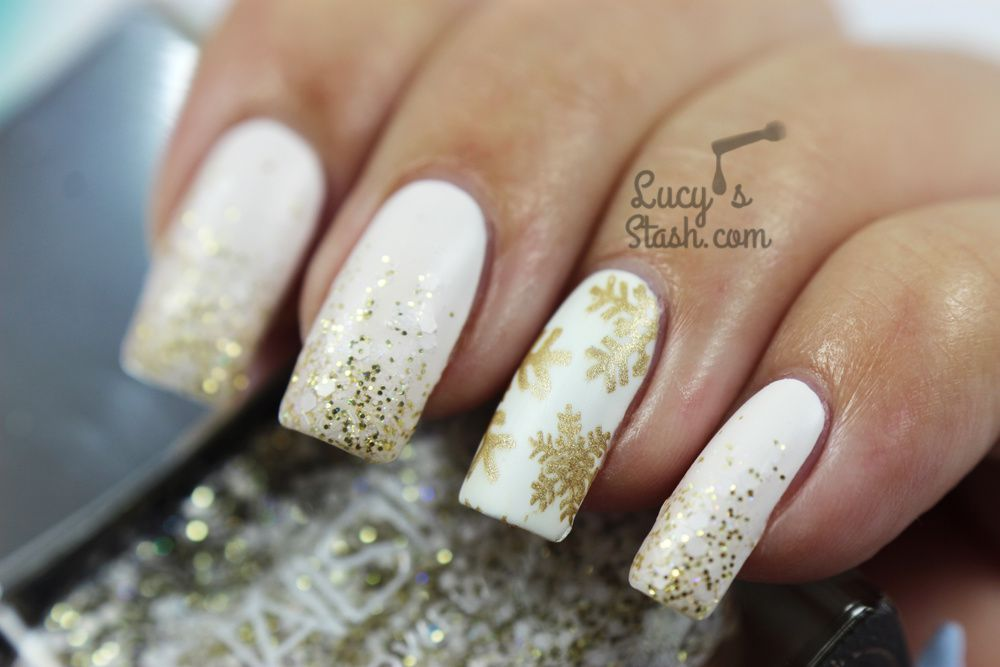 Festive White and Gold Glitter Gradient &amp&#x3B; Snowflake Nails