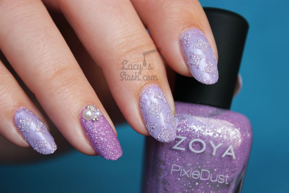 How to create textured nails using stencils/nail vinyls! Lavender ...