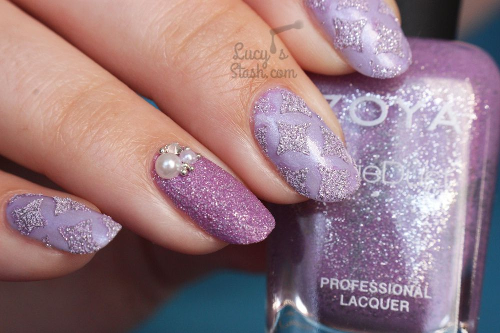 How to create textured nails using stencils/nail vinyls! Lavender textured nail art TUTORIAL