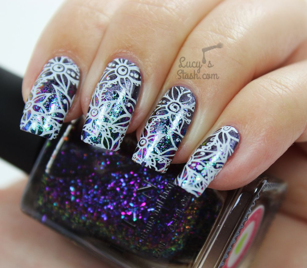 Flowers & Flakies Nail Art ♥