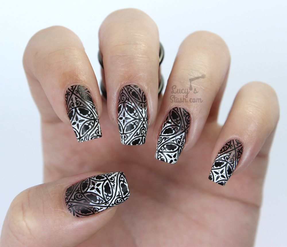 Paint All The Nails Presents Monochrome - Black &amp&#x3B; White Nail Art Manicure