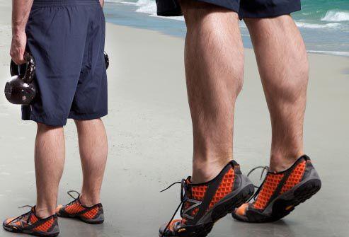 1) gluten bridges:trois série de 15 rép avec 20s de pause entre,2) quadruped hip extension 3X20 chaque jambe,3) 2x20 chaque jambe,4) 3x15 chaque jambe,5) 3x15 chaque jambe,6) 3x15 split squat,7)3x15,8) 3X15,9)1x15 chaque jambe,