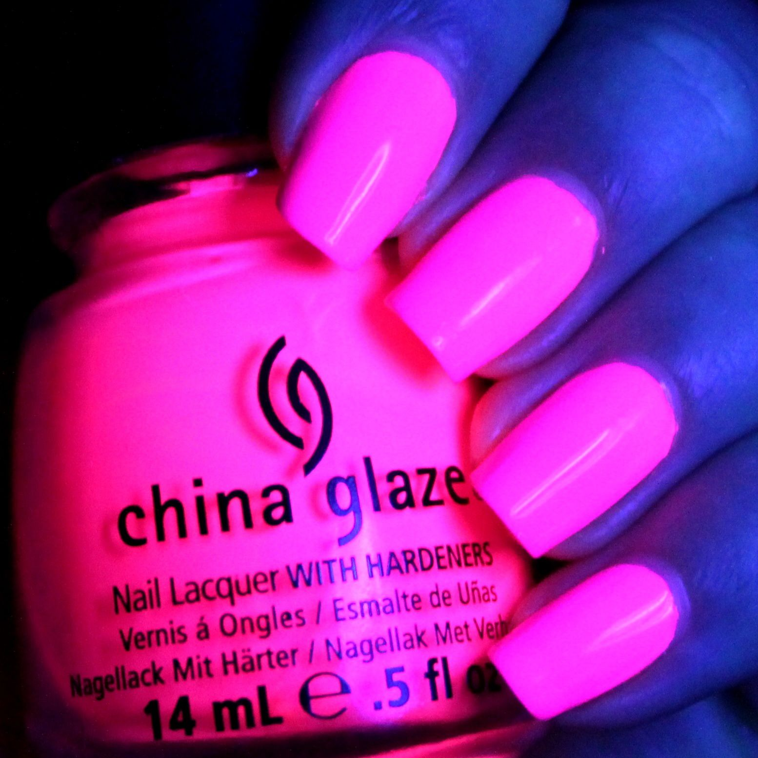 Duri Rejuvacote / China Glaze Bottoms Up / Poshe Top Coat