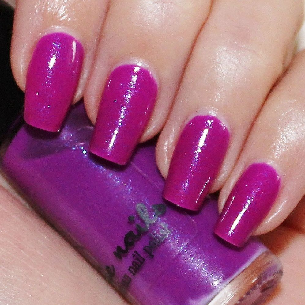 Essie Protein Base Coat / Jindie Nails Electric Grape reformulated / OutTheDoor Top Coat