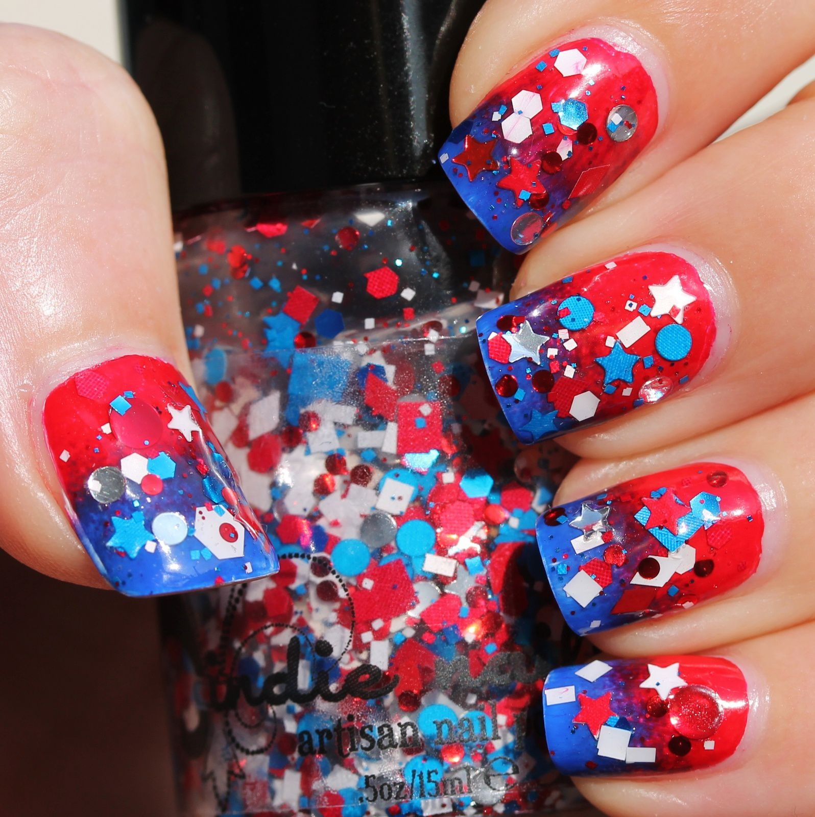 Dance Legend Peel-Off base coat / Wet & Wild 449C (white) / Sponge gradient with Nicole by OPI Challenge Red-y & Sinful Colors Endless Blue / Jindie Nails Jindie-Pendence Glitter Topper / Poshe Top Coat