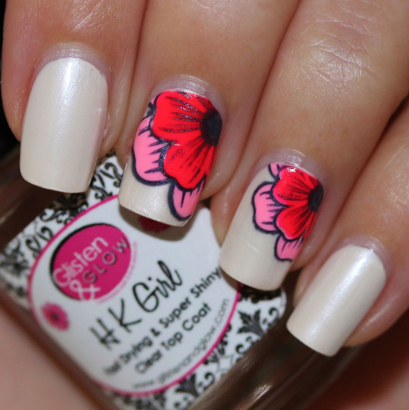 Essie Protein Base Coat / Color Club Heirloom Pearls / Stampink Plate Winstonia W-04 & Konad black Stamping Polish / PolishMeToGo Pretty Girls & Serum N°5 Pink Lantern / HK Girl Top Coat