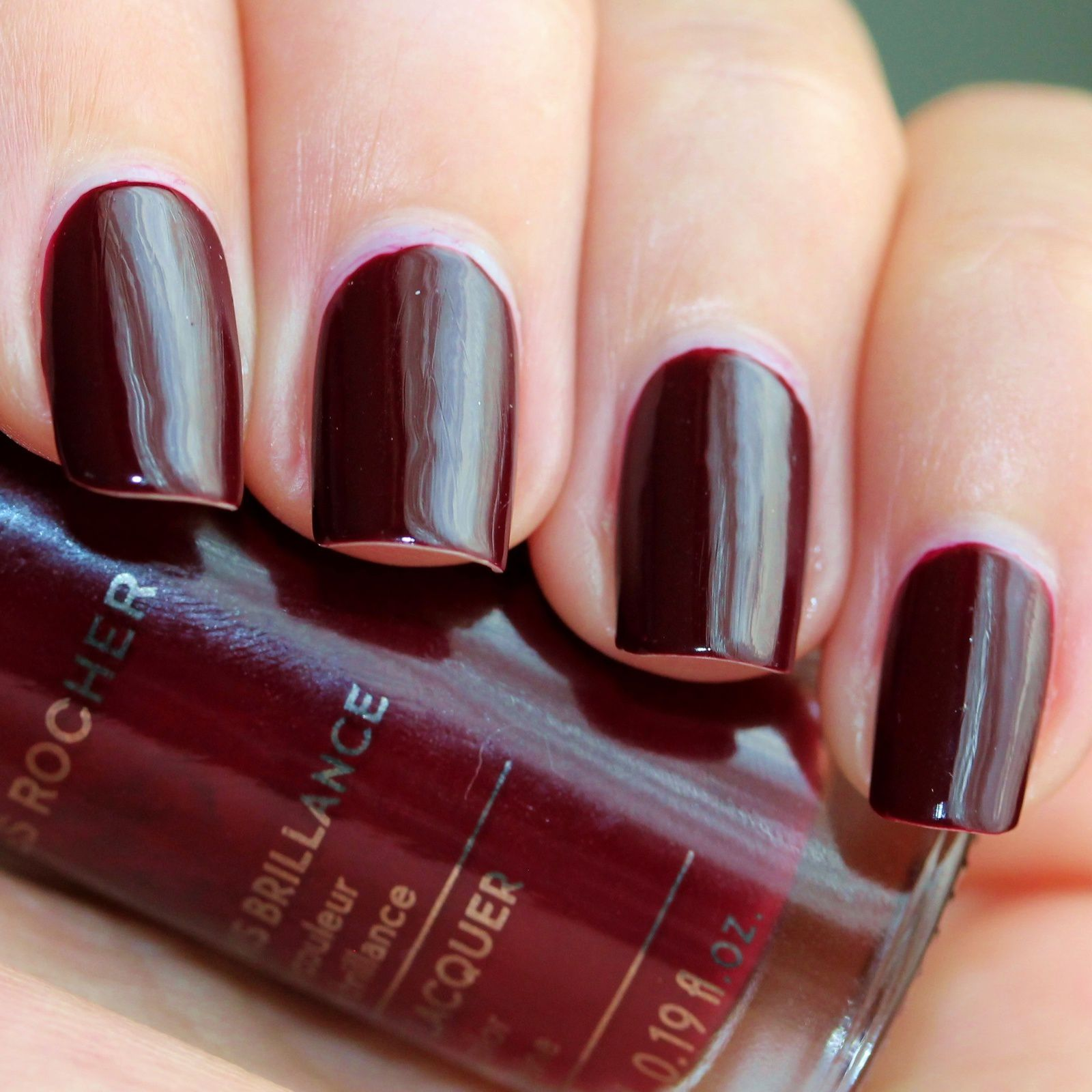 Essie Protein Base Coat / Yves Rocher 103 Rubis (Ruby Red) / Sally Hansen Miracle Gel Top Coat