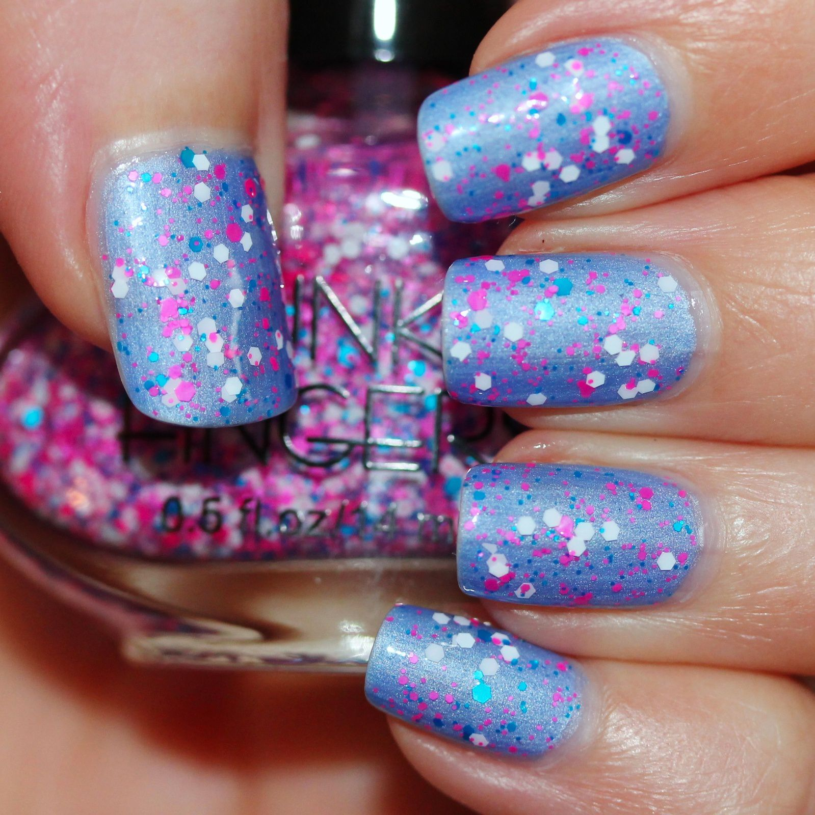 Sally Hansen Complete Care 4-in-1 Extra Moisturizing Nail Treatment / Pink Dipsy Bulle Lily of the Nile / Funky Fingers Saved by the Glitter / Sally Hansen Miracle Gel Top Coat