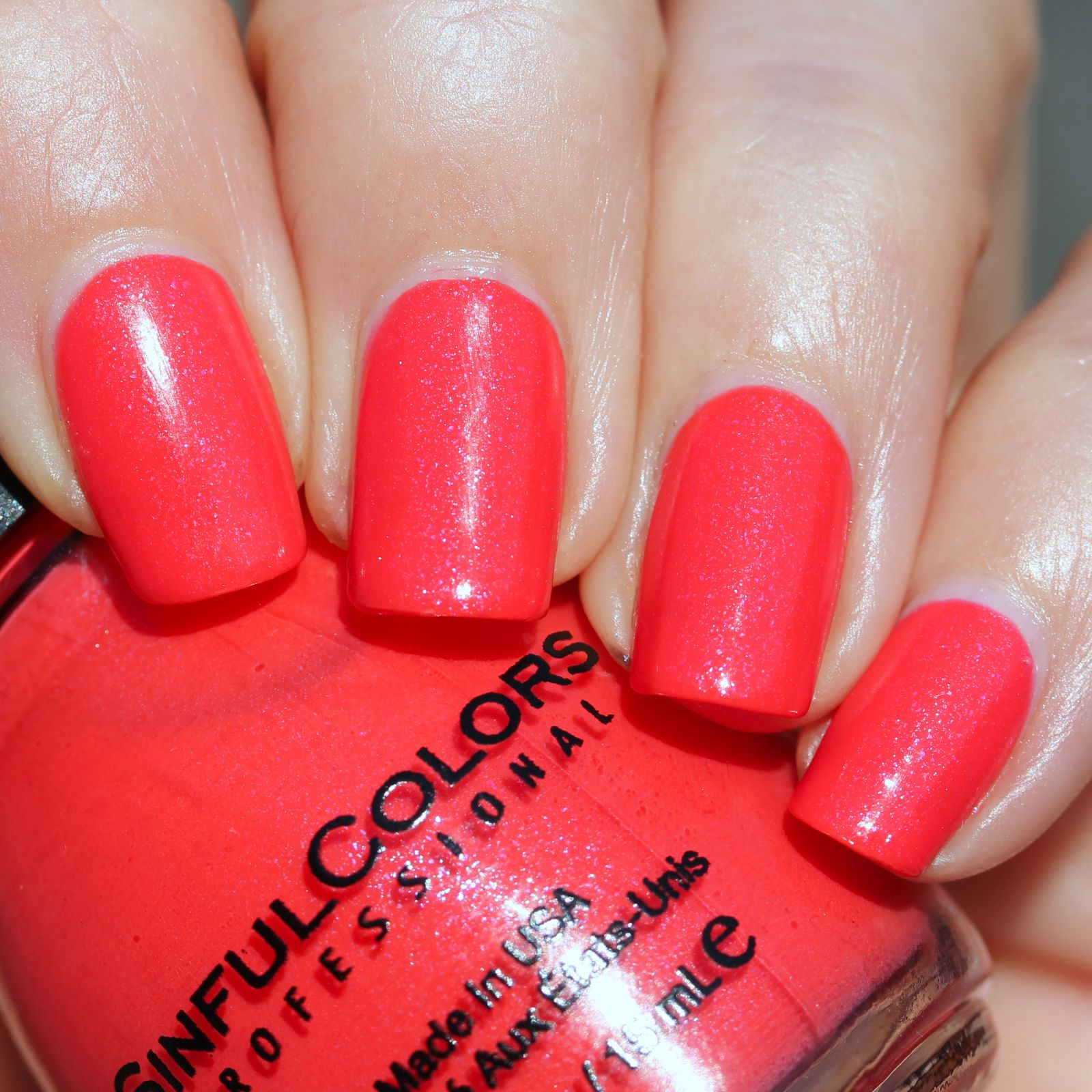 Essie Protein Base Coat / Sinful Colors Coral Riff / Sally Hansen Miracle Gel Top Coat