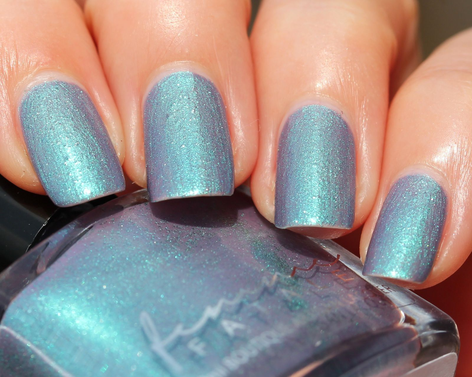 Femme Fatale Cosmetics - Up Above The World You Fly (2 coats, no top coat)