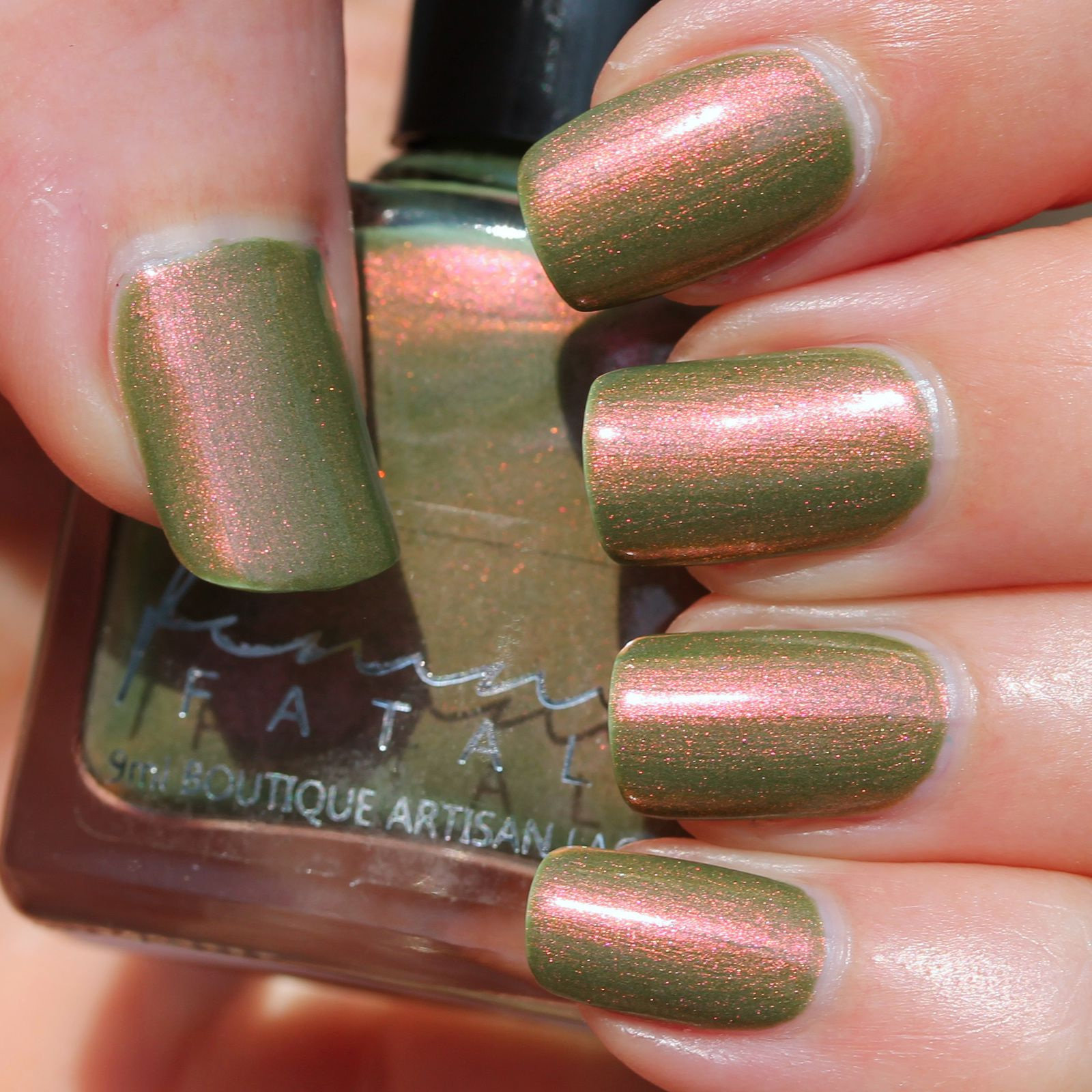Femme Fatale Cosmetics - Infamous Riddle (2 coats, no top coat)