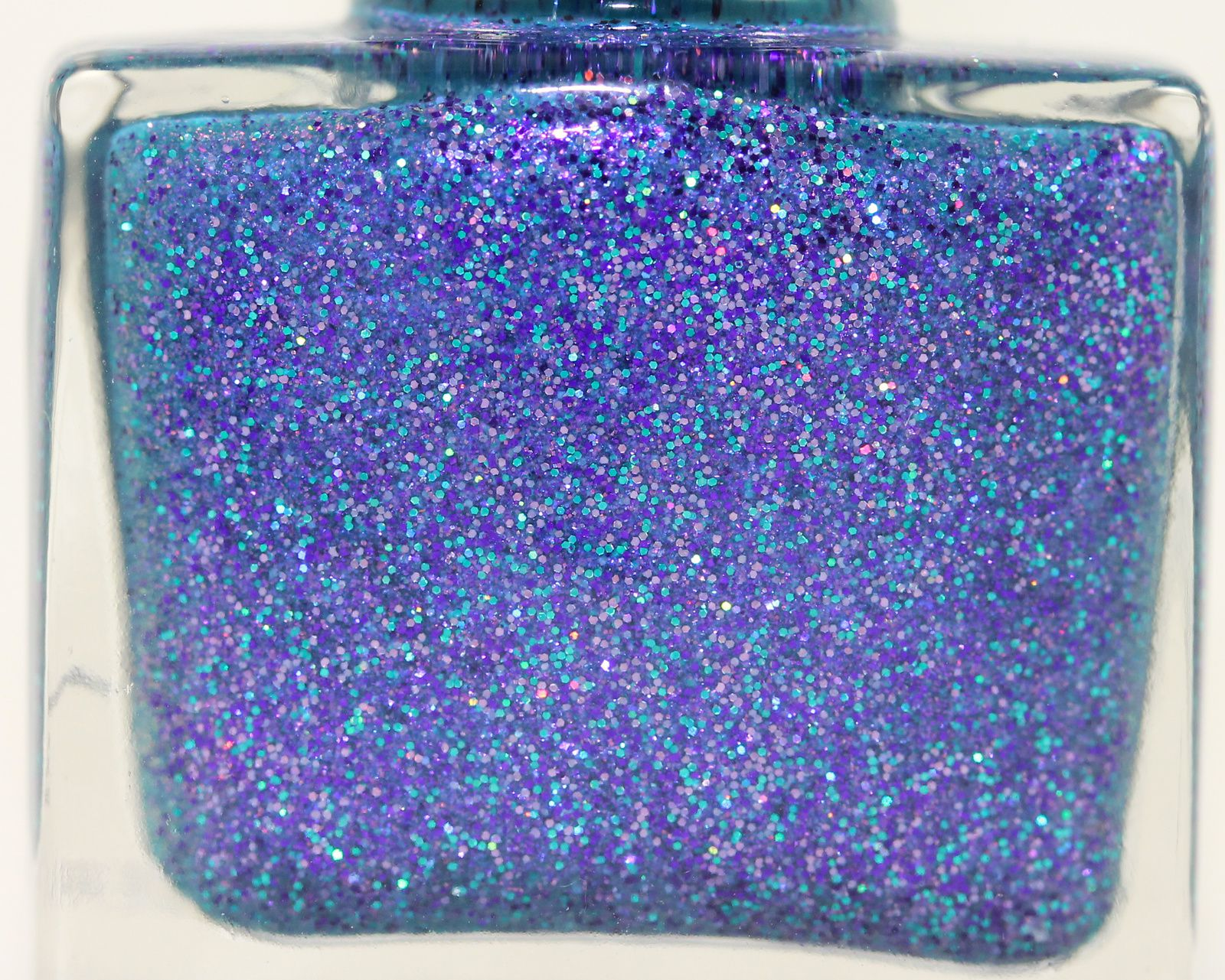 Femme Fatale Cosmetics - Twinkle Twinkle (2 coats, no top coat)