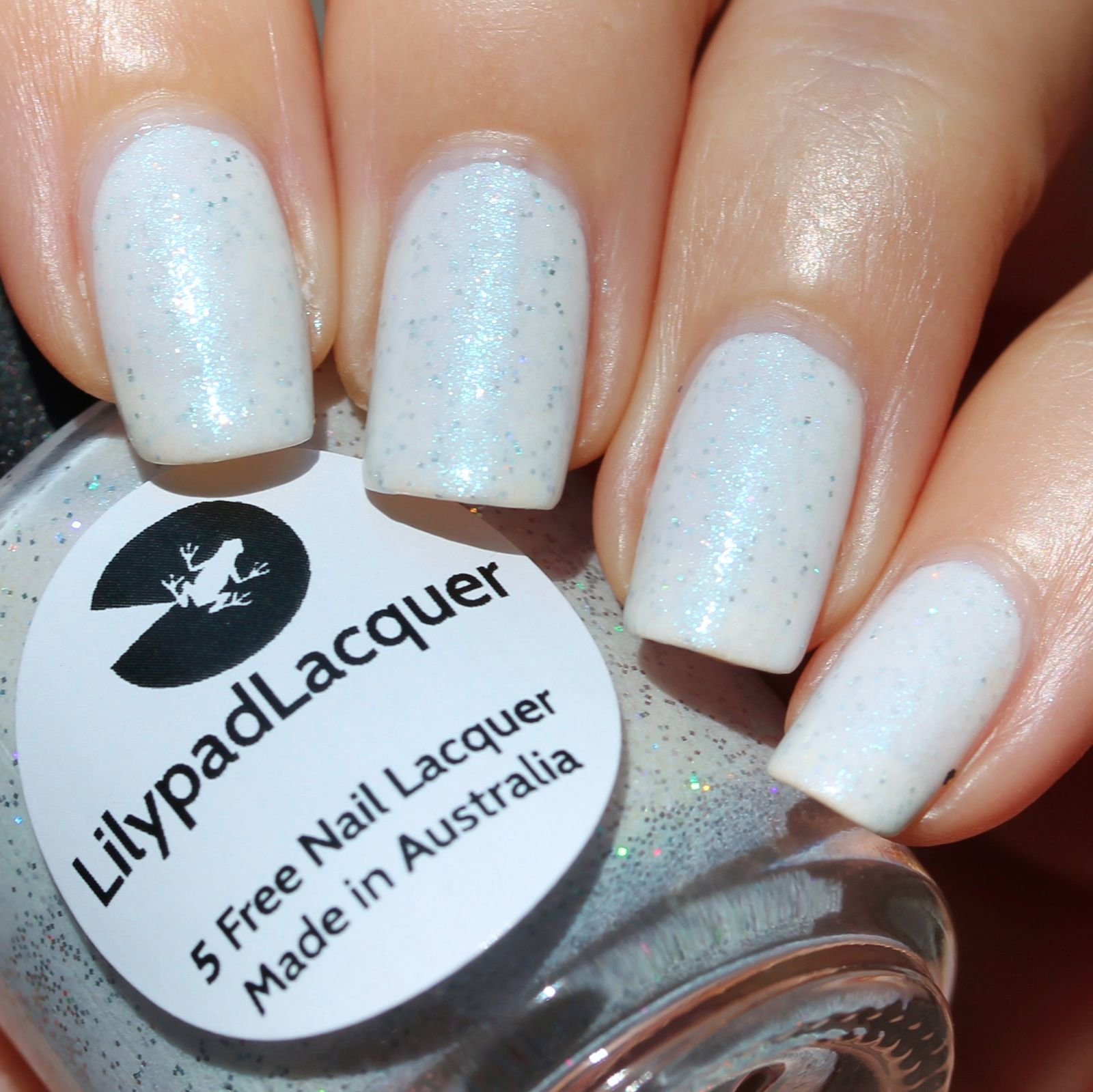 Duri Rejuvacote / Lilypad Lacquer United People / HK Girl Top Coat