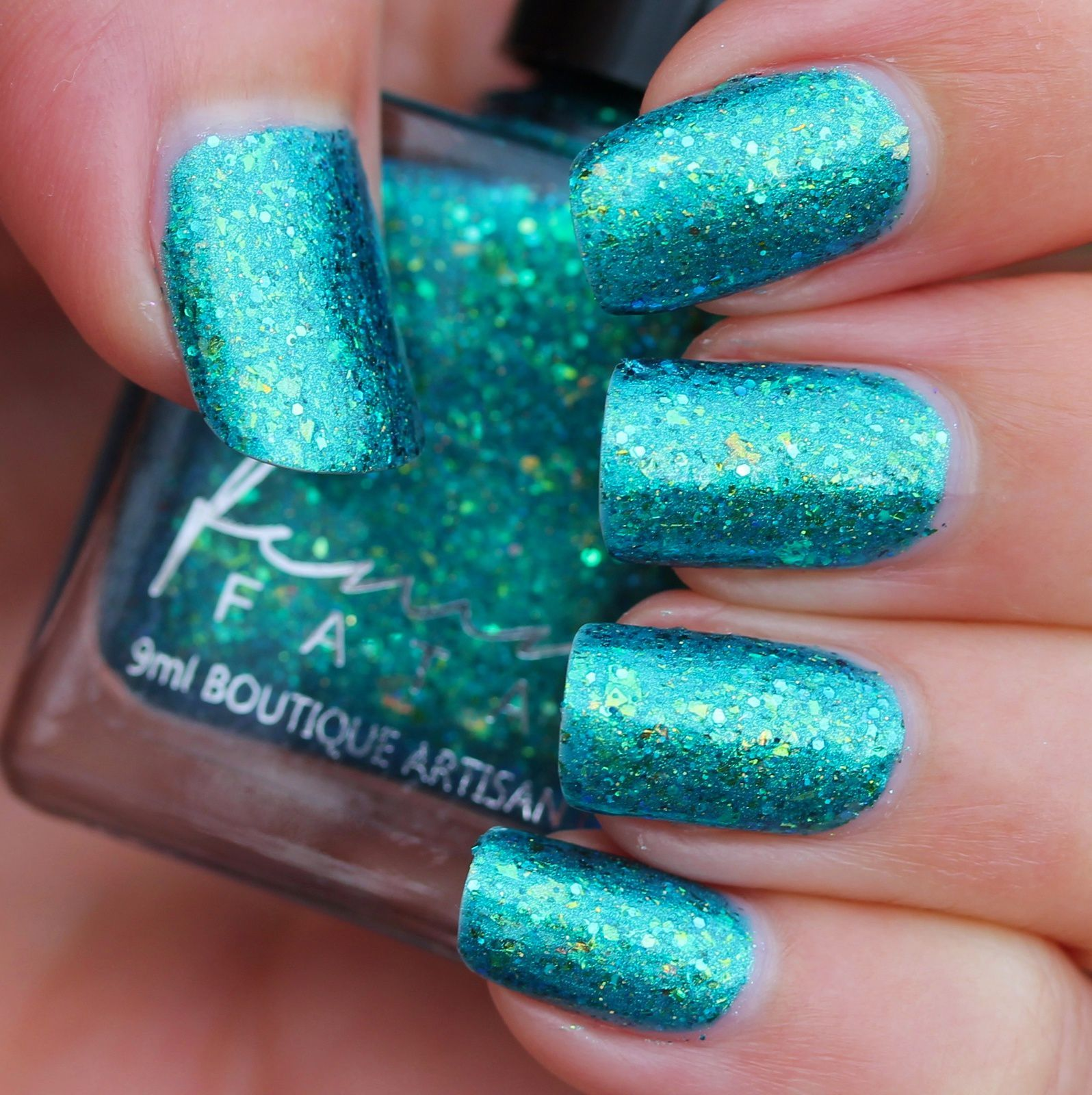 Femme Fatale Cosmetics - Jewel from the Deep (2 coats, no top coat)
