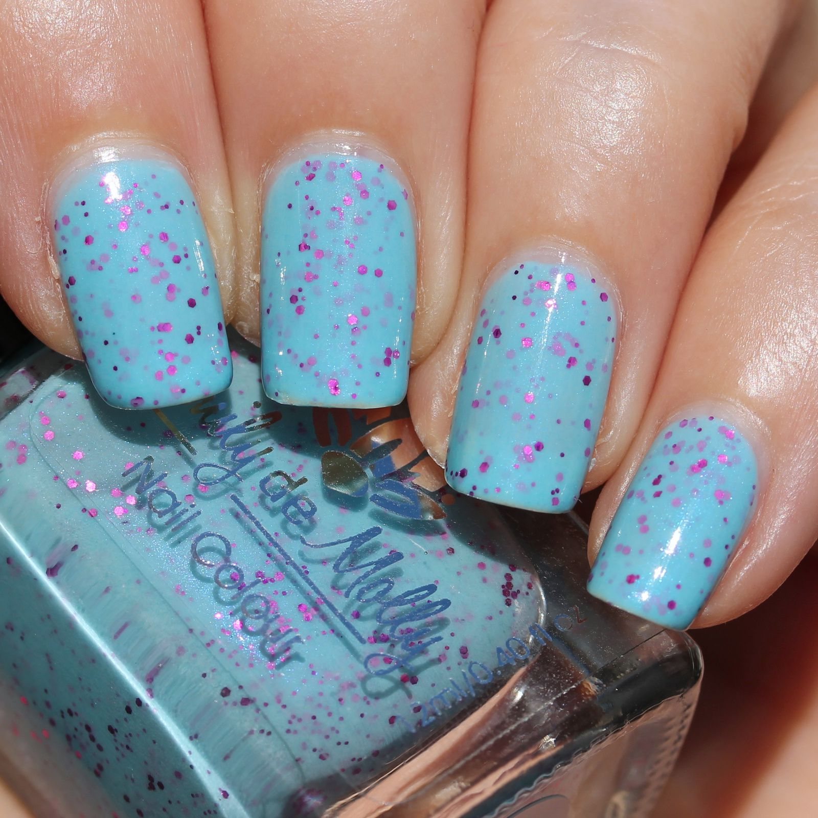 Dance Legend Peel-off Express base coat / Emily de Molly Candy Coated / Sally Hansen Miracle Gel Top Coat
