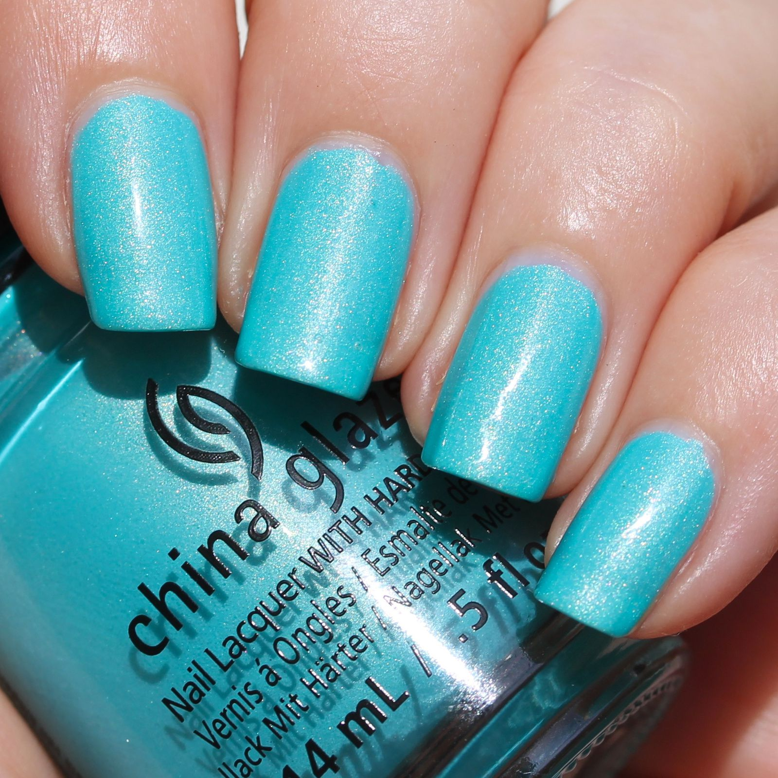 Duri Rejuvacote / China Glaze What I Like About Blue / Sally Hansen Miracle Gel Top Coat