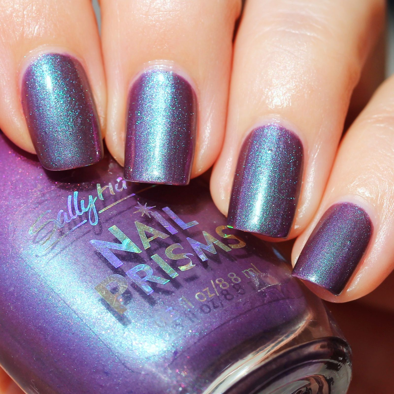 Sally Hansen Complete Care 4-in-1 Extra Moisturizing Nail Treatment / Sally Hansen Platinum Plum / HK Girl Top Coat