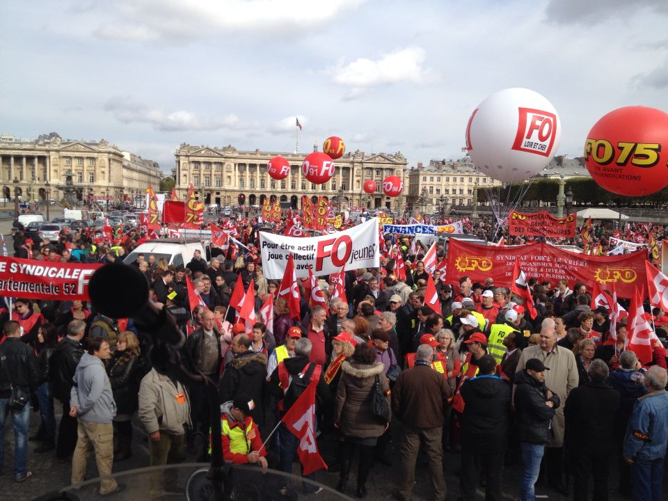 En direct de la tribune place de la Concorde 13h30