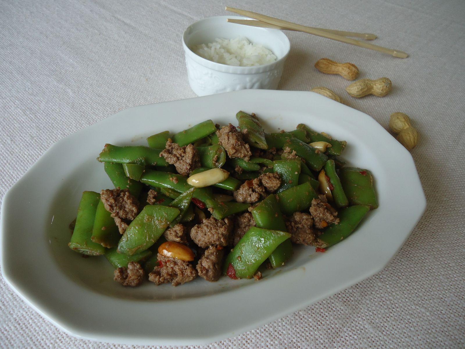 Bœuf pimenté aux haricots et aux arachides