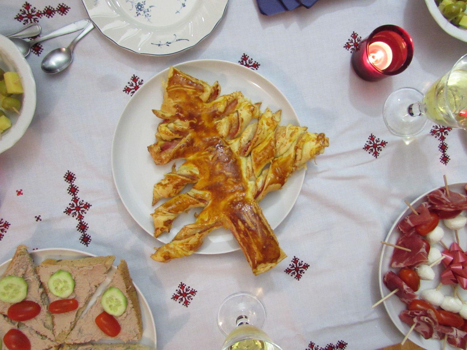 Sapin de #noël feuilleté jambon-fromage