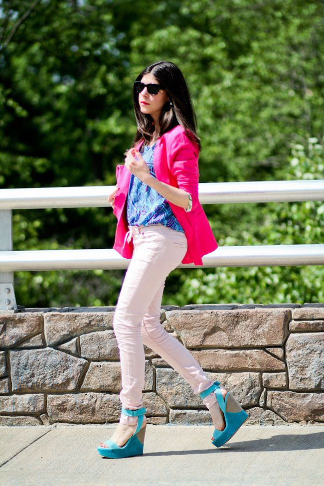 Asos pink lace-up jeans, Hot Pink blazer, Jeffrey Campbell Shy Town wedges, Isabel Marant jeans, Fashion outfit, turquoise horn necklace