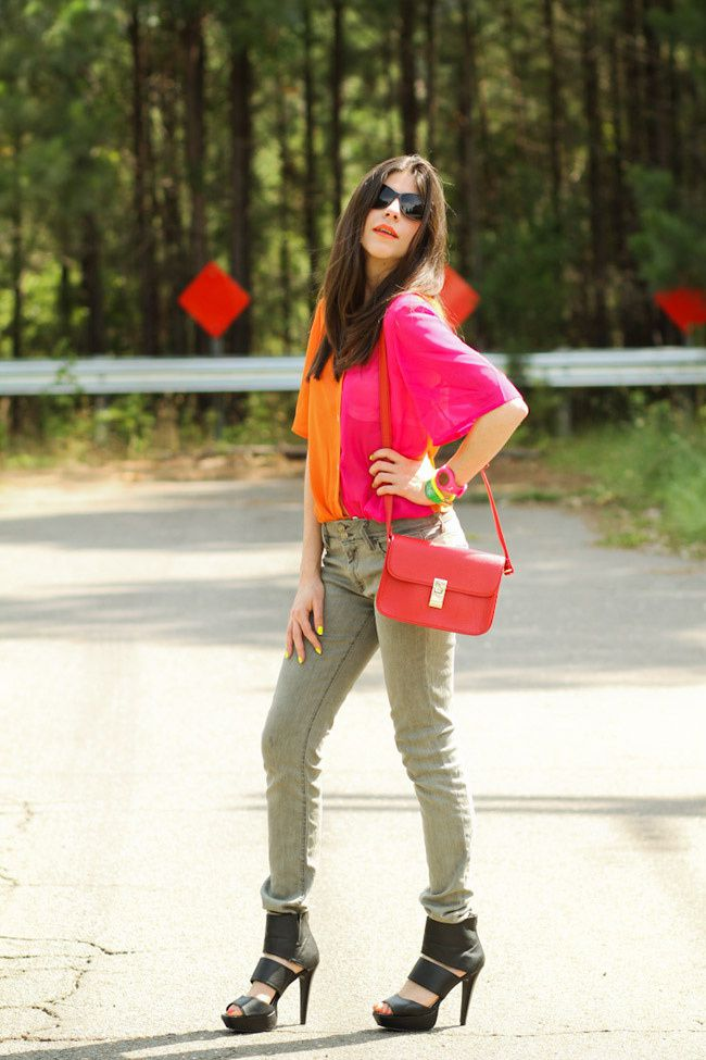 Color Block, Color Blocking, Khaki Army Hudson skinny jeans, Strappy platform sandals, Red Kate bag, Minkpink sunglasses, Outfit, Fashion blog