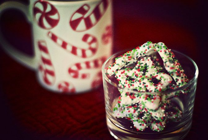 Christmas mugs, Coffee, Christmas cookies, Photography