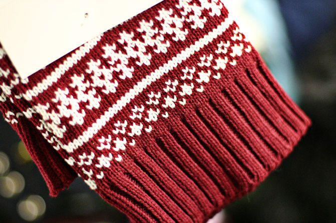Hue Leggings Snowflake Legwarmers, Fashion
