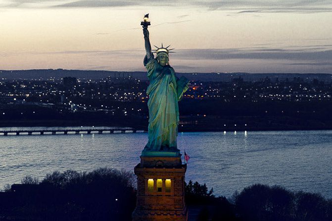 New York Fashion Week, Statue of Liberty, Empire Hotel
