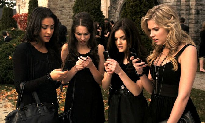 Pretty Little Liars Style, Fashion