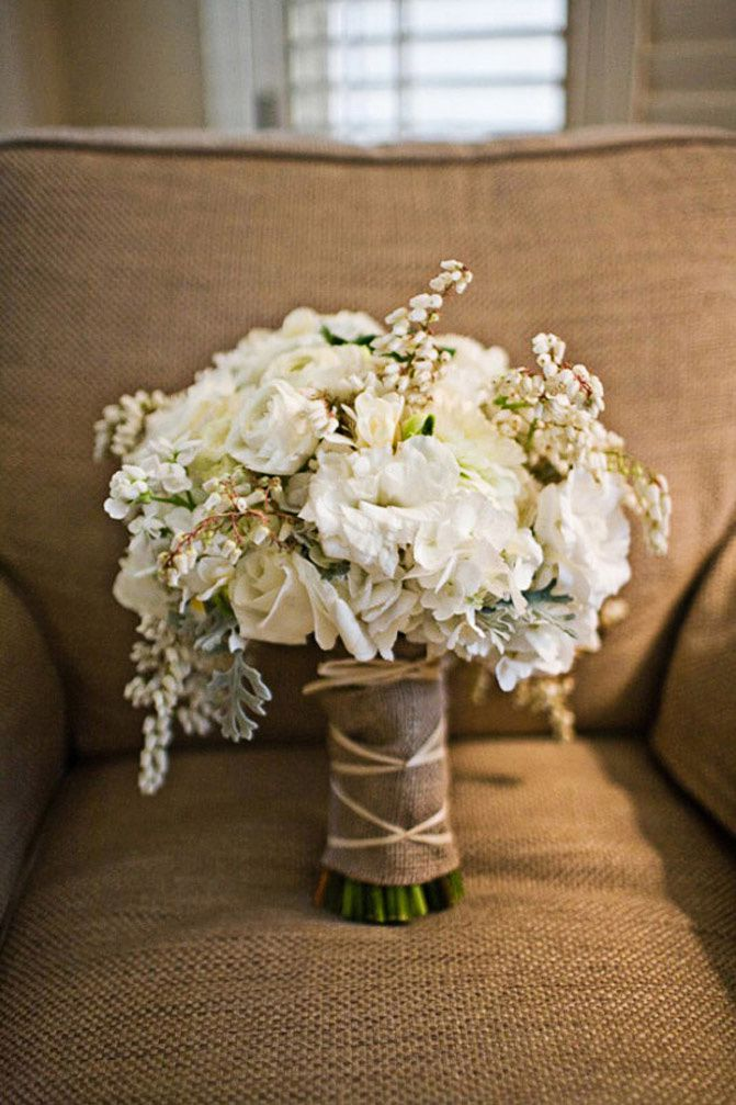 wedding bouquets, wedding inspiration, flowers and lights