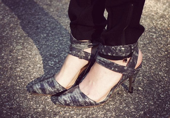snake print ankle strap shoes, fashion