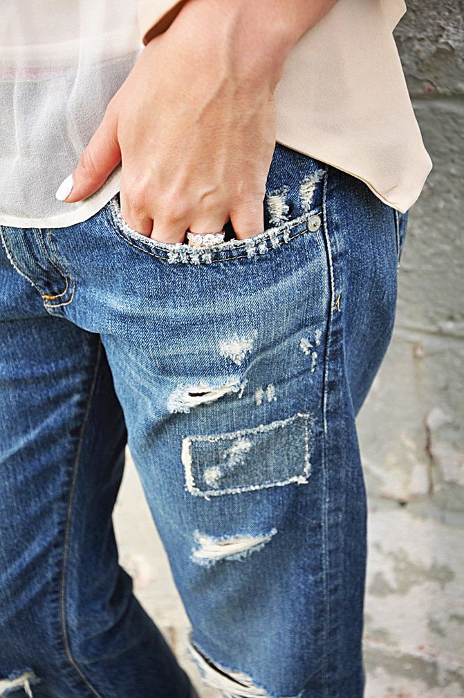 diamond princess cut engagement ring, fashion outfit, destroyed boyfriend jeans, adriano goldschmeid
