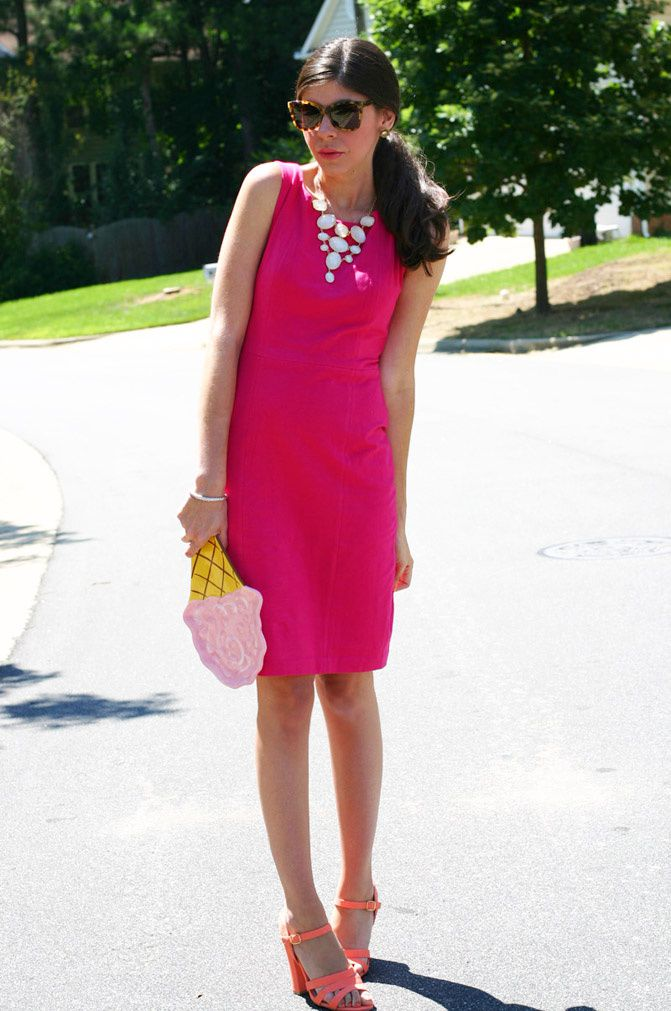pink body con dress, giveaway, fashion, coral strappy sandals