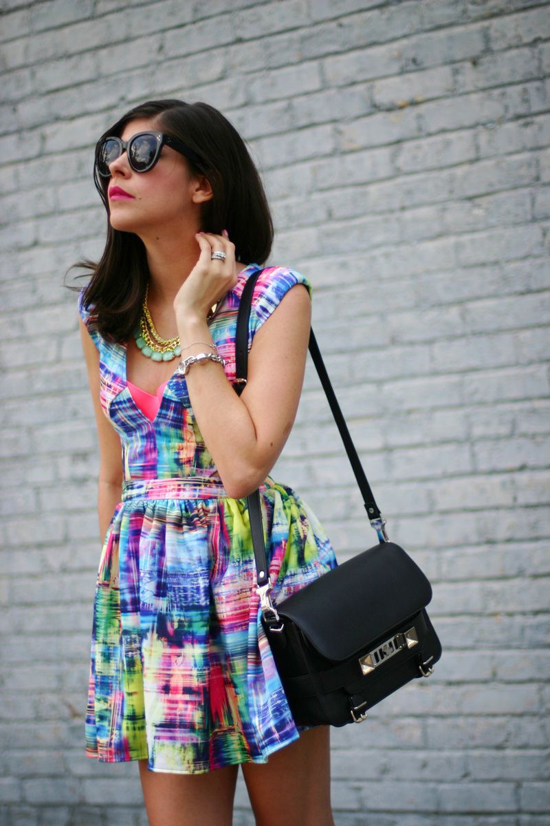 TECHNICOLOR CARRIE BRADSHAW  DRESS