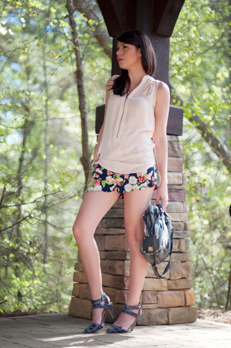 She Wears Waldorf Floral Print Shorts